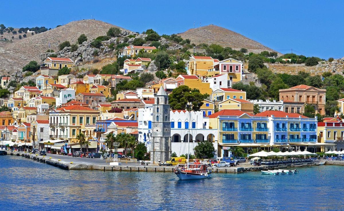 Чартерные яхты Tansu на Средиземном море в Греции