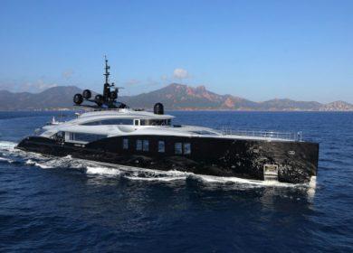 Шикарная моторная яхта ОКТО от ISA yachts