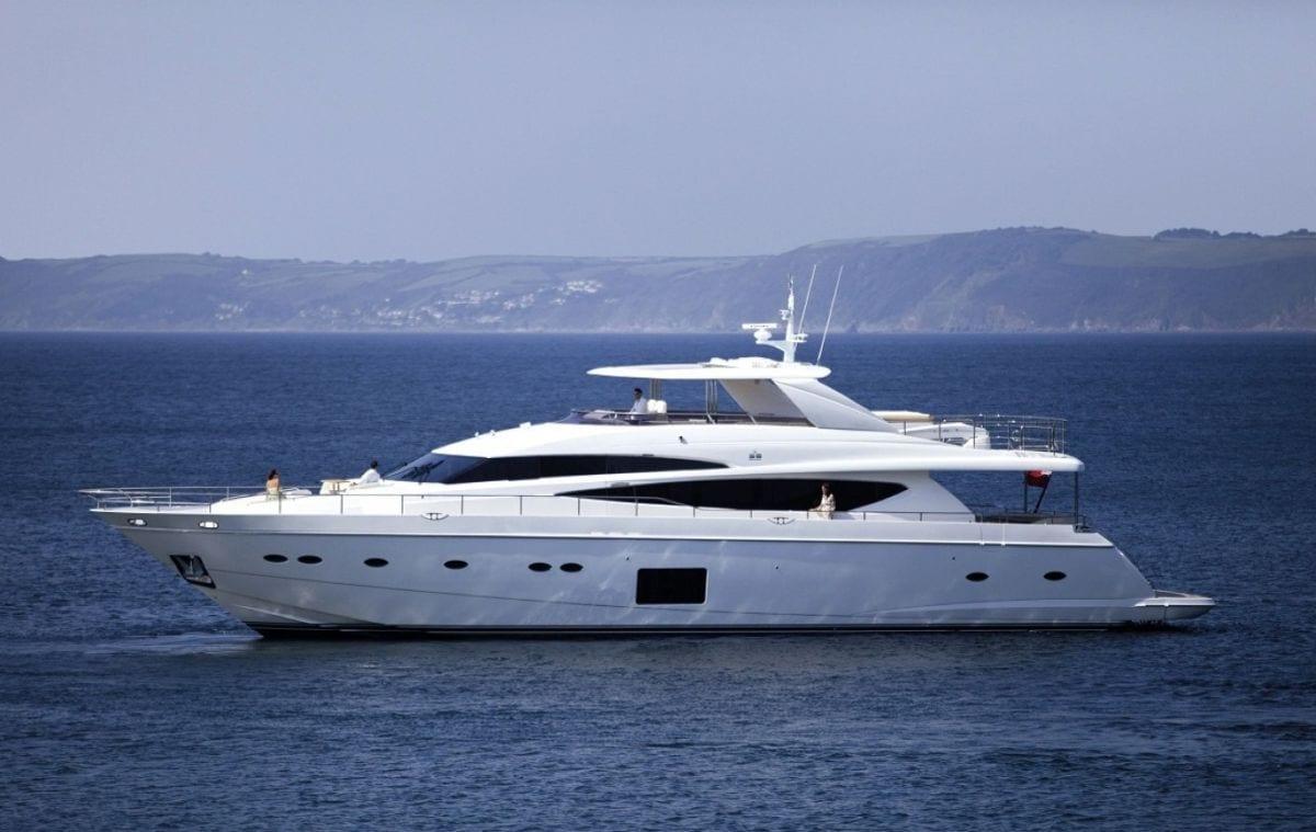 Элитная моторная яхта Princess 85 в Турции