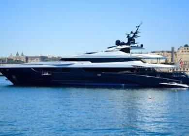 Шикарная чартерная мега яхта от MONDOMARIN в Монако