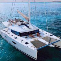 luxury-sailing-catamaran