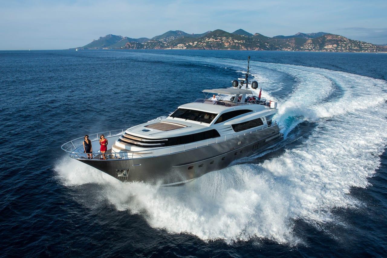 Новая чартерная супер яхта от Wim Van Der Valk 26 метров от дизайнера Гвидо Де Грот