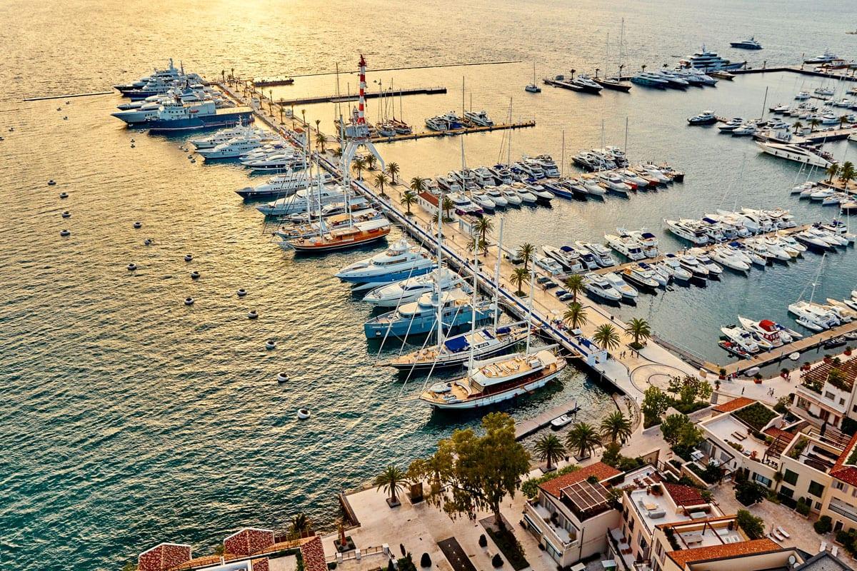 Марина для элитных яхт в Черногории