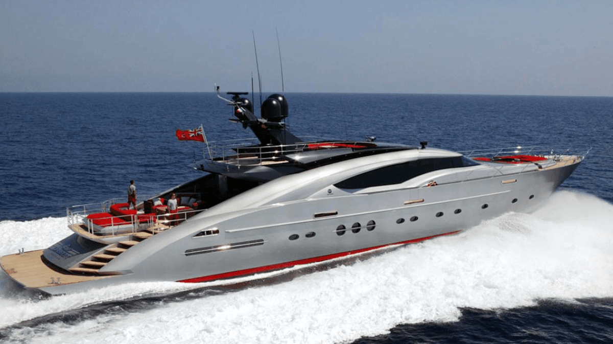 Супер яхта Palmer and Johnson на Лазурном Берегу Франции