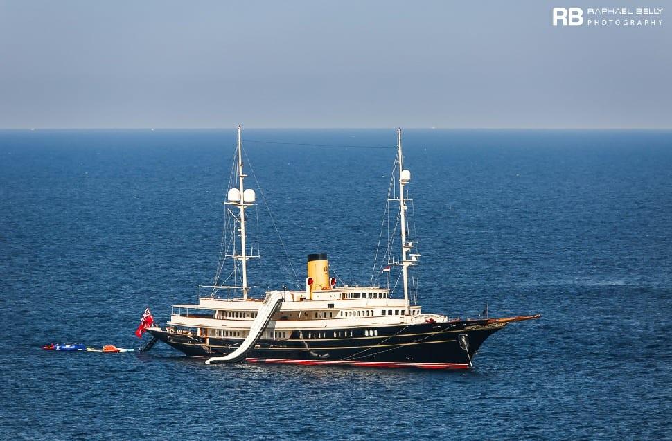 Чартерная мега яхта Неро (NERO) возрождение легенды во Франции