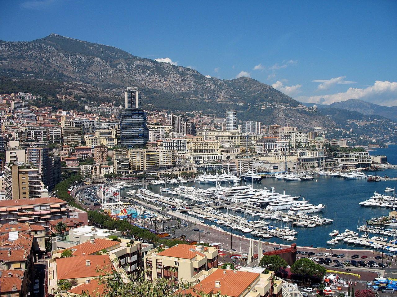 Порт Эркюль в Монако