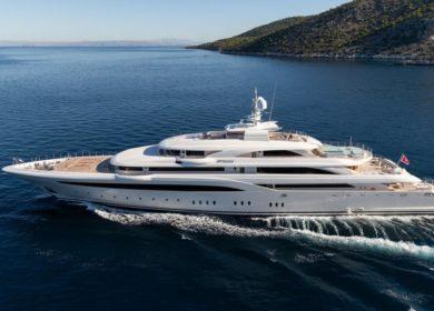 Чартерная мегаяхта Golden Yachts 85 метров в Греции