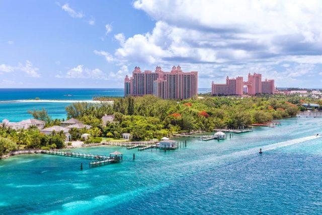 Пэрадайз Айленд Багамы на суперяхте