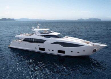 Яхта Феретти (Feretti) 33 метра