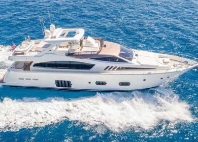 моторная яхта Феретти (Feretti)