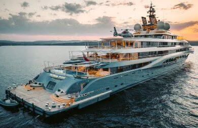 Чартерная гига яхта FLYING FOX - 136 метров - Дмитрий Каменщик