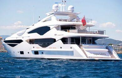 Чартерная мега яхта AQUA LIBRA от Сансикер