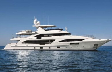 Чартерная мега яхта HAPPY-ME - 40 метров