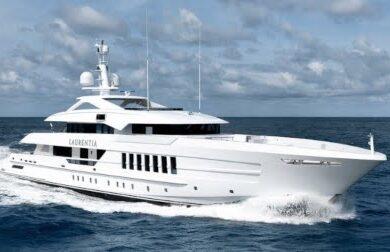 Чартерная мега яхта LAURENTIA