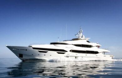 Чартерная мега яхта Princess AVK от Sunseeker