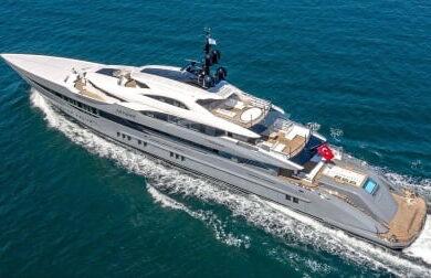 Чартерная мега яхта Tatiana - 80 метров