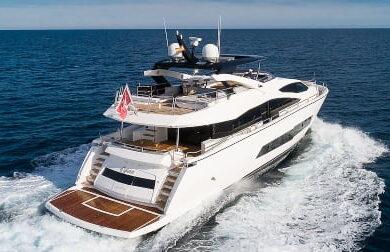 Чартерная моторная яхта Sunseeker Rush X