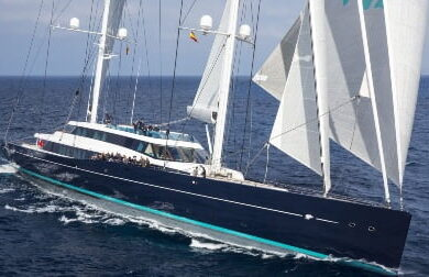 Чартерная парусная яхта Aquijo