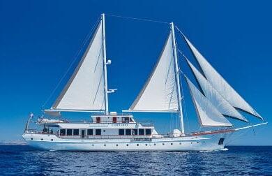 Чартерная парусная яхта Corsario - 48 метров