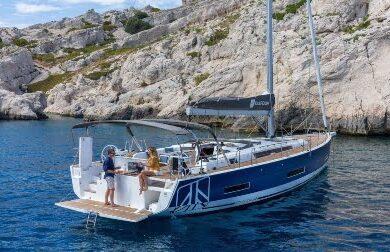 Чартерная парусная яхта DIMPA