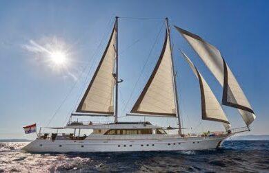 Чартерная парусная яхта Lady Gita 49 метров